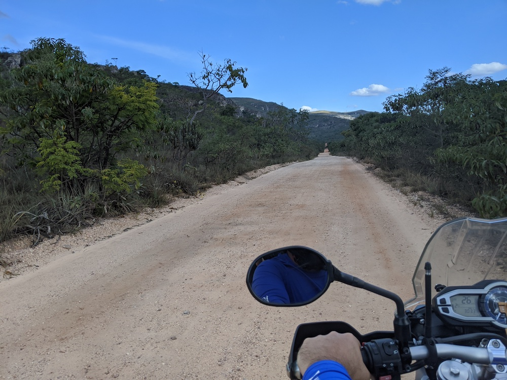 Estrada para biribiri